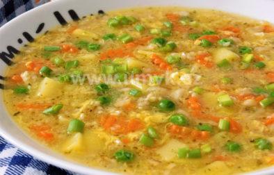 Výdatná vločková polévka s česnekem
