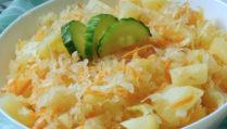 Salát z kysaného zelí